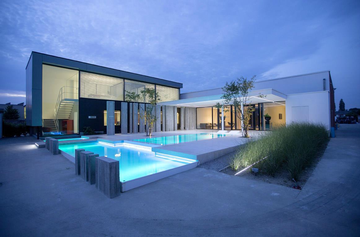Zwembaden poolhouses en betegeling - Zwembad toren ...